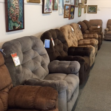 clearance-center_recliners.jpg